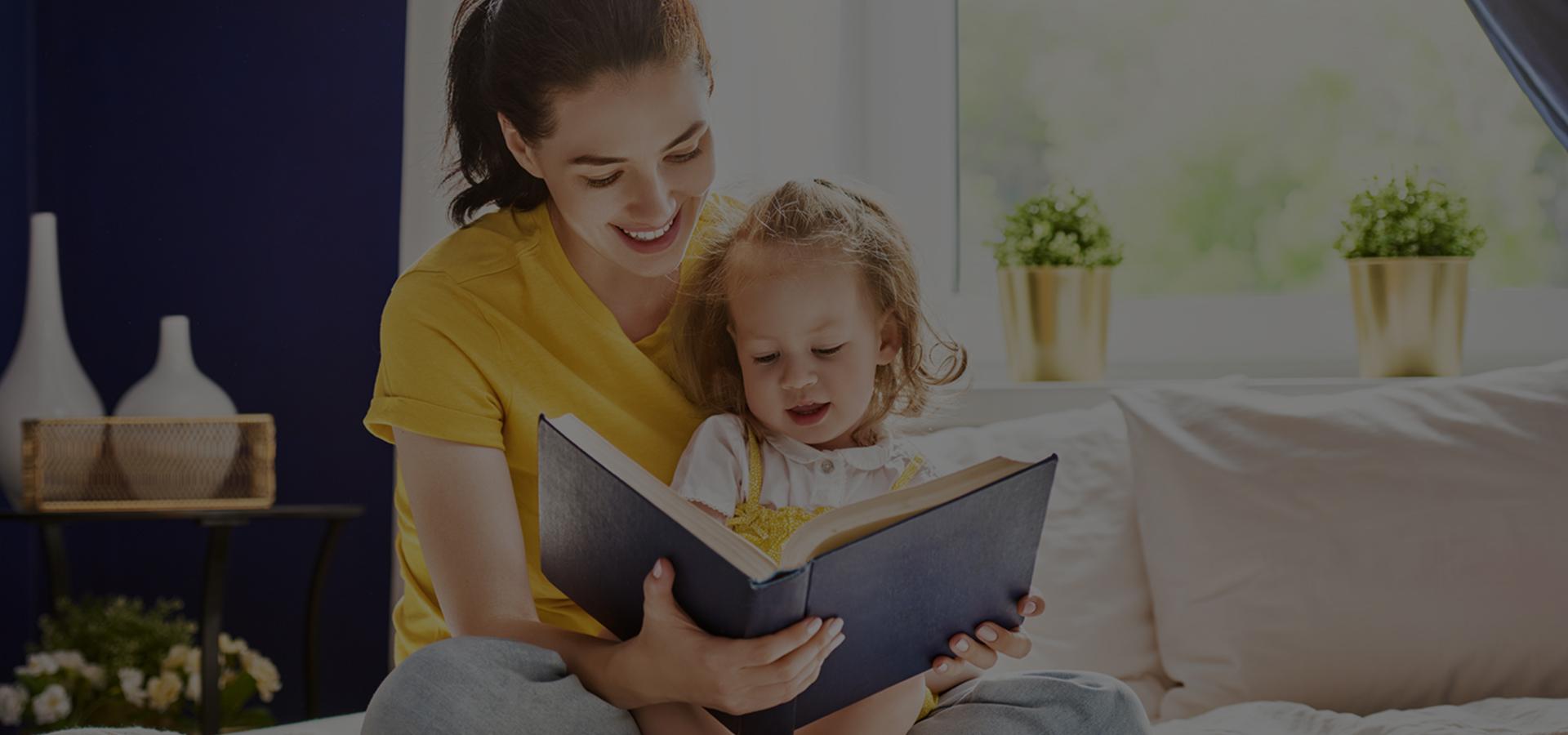 Çocuğa ve çocuk ile birlikte ne kadar çok etkileşimli kitap okunursa, çocuğun dil becerileri o kadar gelişir...